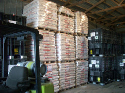 LL and E Warehousing pallets
